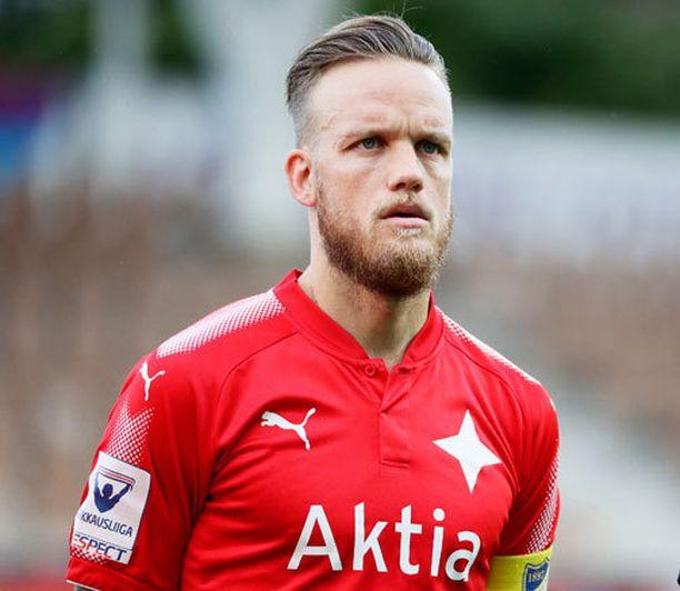 HIFK:n kapteeni Mika Väyrynen ei pystynyt pelaamaan kauden tärkeimmässä ottelussa.