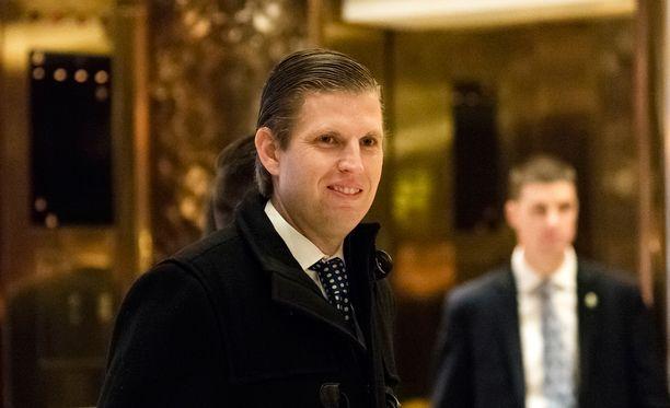 Donald Trumpin poika Eric kuvattuna isänsä pilvenpiirtäjässä Trump Towerissa.