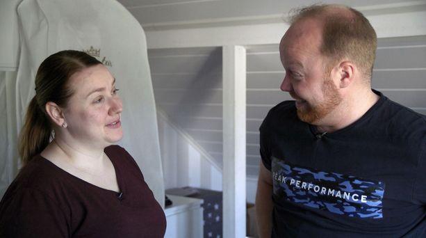 Anniinan ja Villen suhteessa huumori kukkii.