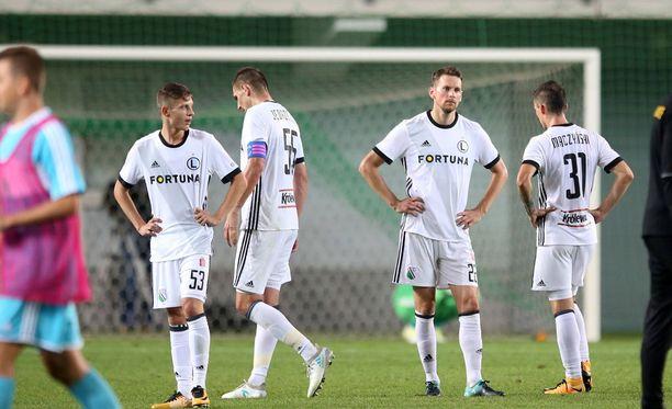 Legian ja Kasper Hämäläisen (toinen oikealta) eurocupkausi päättyi viime viikolla.