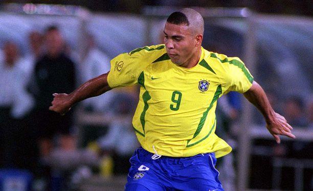 Ronaldo voitti tällä hiustyylillä MM-kisojen maalikuninkuuden vuonna 2002.