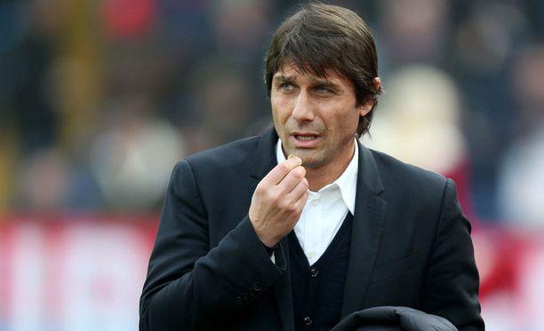 Antonio Conte on piiskannut Chelsean kovaan lentoon.