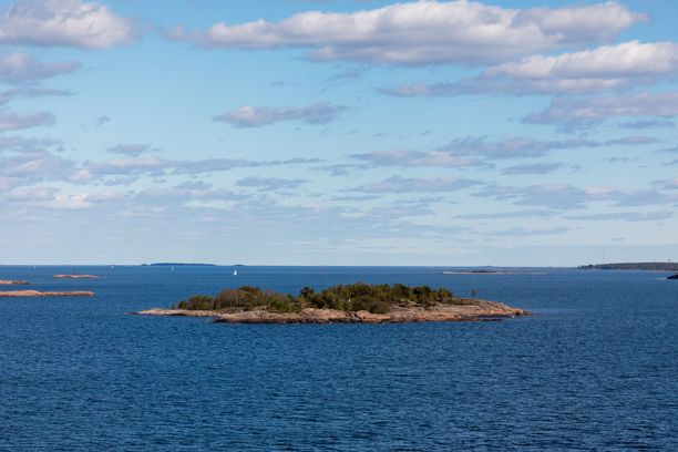 Ohjelmasta löytyy myös opastusta saaristoluontoon.