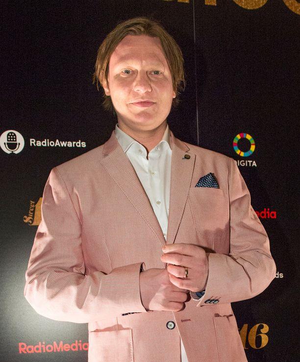 Jaajo Linnonmaasta tuli tänä vuonna jo kuudennen kerran vuoden paras radiojuontaja.