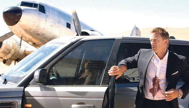 Daniel Craig onnistuu Bond-roolissaan.
