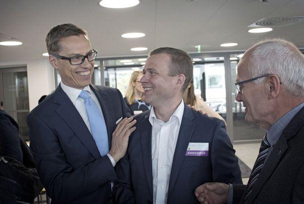 Alexander Stubb ja Petteri Orpo kisasivat vuonna 2016 kokoomuksen puheenjohtajuudesta.