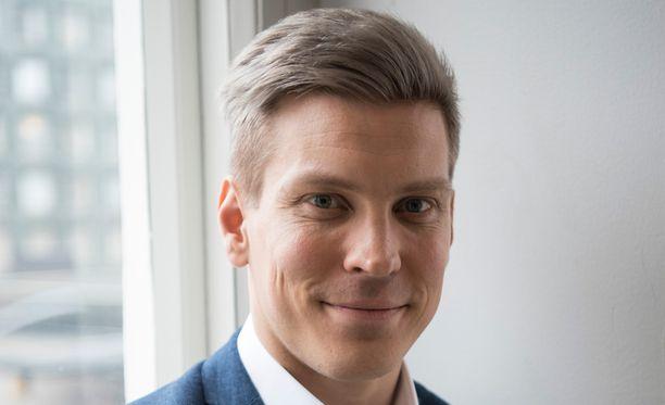 Antti Holma nähdään tulevassa Cheek-filmatisoinnissa Jare ja Jere Tiihosen rooleissa.
