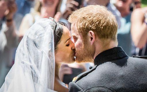Prinssi Harry ja herttuatar Meghan myöntävät – puheet intiimeistä salahäistä eivät ole totta
