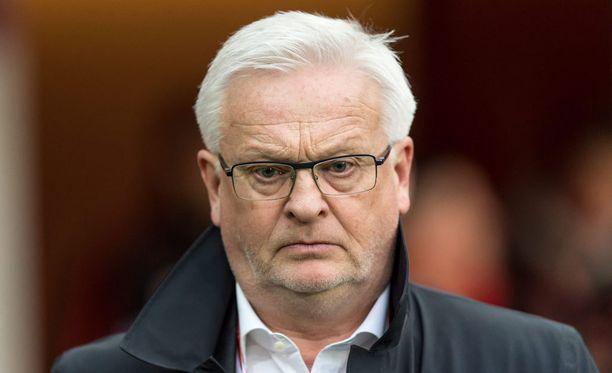 Ilme kertoo paljon. Hans Backella riitti mietittävää Puola-ottelussa.