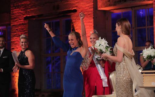 """Uusi Miss Suomi toistaa missiperinnettä: """"Mieheni on jääkiekkoilija"""""""
