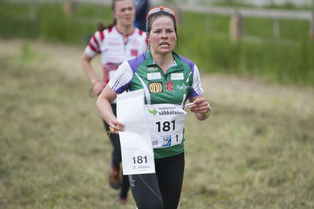 Krista Pärmäkoski pärjää myös rastihommissa.