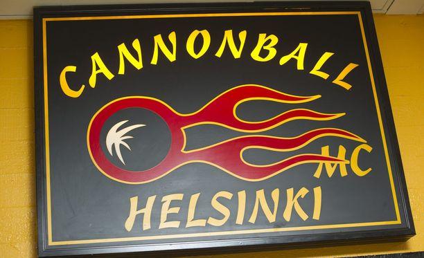 Cannonball MC:n osasto toimii muun muassa Helsingissä.
