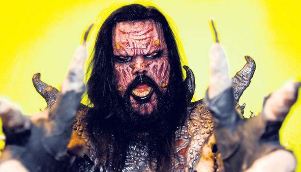 FANEILLE Lordi-yhtye julkaisee jouluaattona tulevan kauhuelokuvansa Dark Floors -tunnuskappaleen digitaalisesti.
