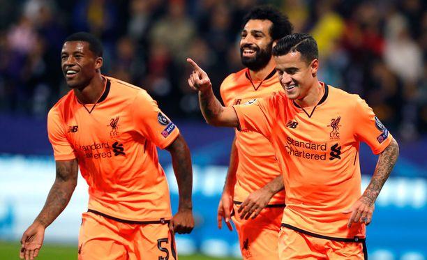 Liverpoolin Georginio Wijnaldum, Mohamed Salah ja Philippe Coutinho tuulettelivat surkean Mariborin kustannuksella.