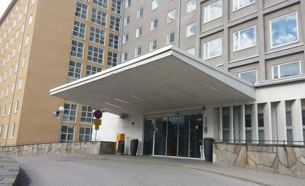Kätilöopiston sairaalan rakenteista on löytynyt laajalta alueelta sädesientä sekä laho- ja mikrobivaurioita.
