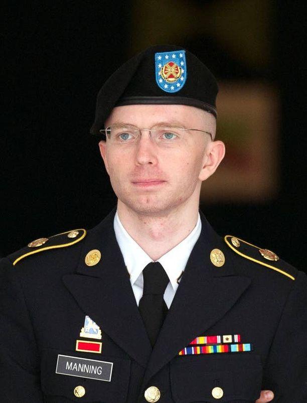 Wikileaks-vuotaja Bradley Manningin tuomiota luetaan parhaillaan. Takavuosina vuotoja jopa ylistettiin Yhdysvalloissa, mutta nyt pyritään varoittavaan esimerkkiin. Taustalla on 11.9.2001.