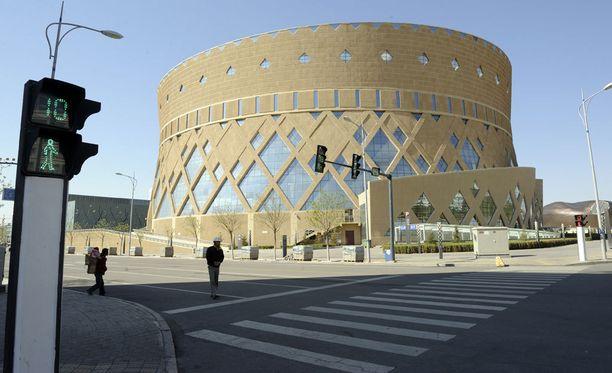 Kangbashin oopperatalo, yksi monista kaupungin arkkitehtuurisista helmistä.