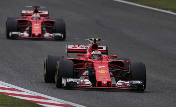 Ferrarin odotetaan haastavan Mercedeksen MM-taistossa tällä kaudella.