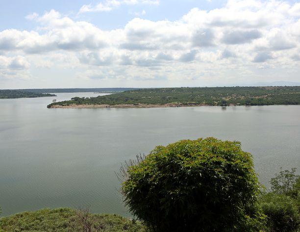 Kuningatar Elizabethin kansallispuisto Länsi-Ugandassa on pinta-alaltaan noin 1970 neliökilometria. Poliisi uskoo, että kidnapatut saattavat edelleen olla puiston sisällä.
