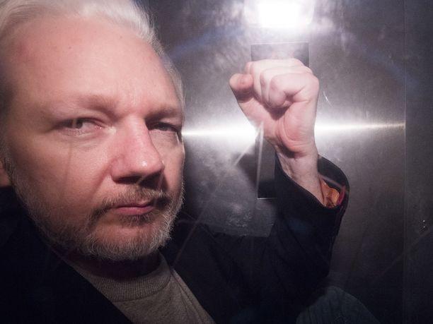 Yhdysvallat on nyt nostanut kaikkiaan 18 syytettä Julian Assangea vastaan.