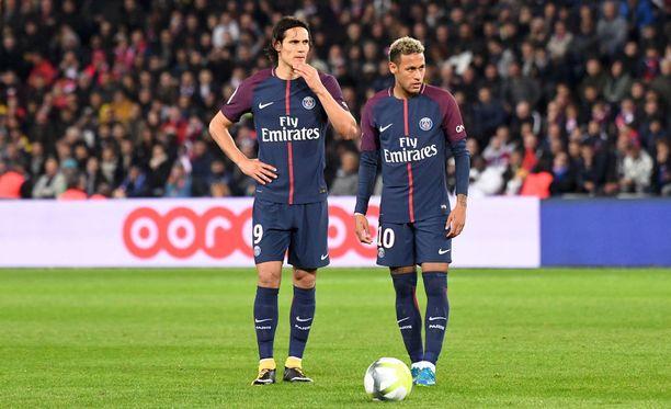 Edinson Cavani ja Neymar kiistelevät siitä, kumpi saa ampua erikoistilanteet.