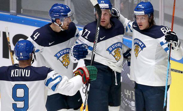 Suomi voitti Venäjän MM-välierässä 3-1.