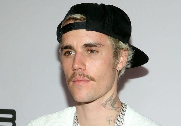 Justin Bieber pyysi pilaansa anteeksi.