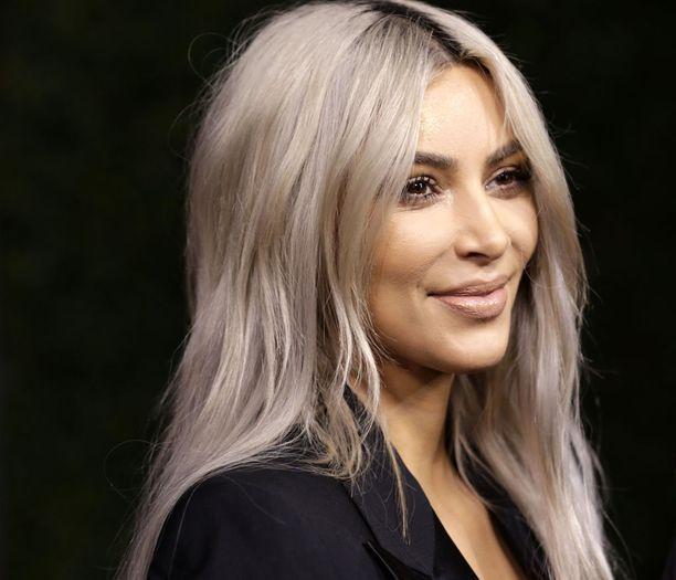 Kim Kardashian etsii uutta assitenttia.