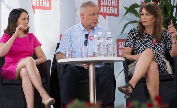 Hallituspuolueiden johtajia olivat korvaamassa Sanni Grahn-Laasonen, Olli Rehn sekä Riikka Slunga-Poutsalo.