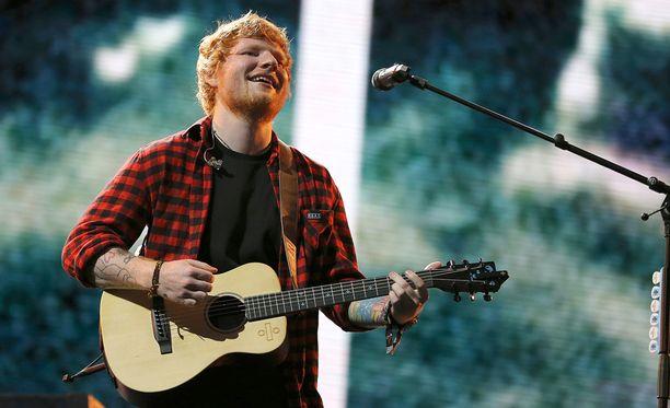 Ed Sheeran pääsi kunniaritarikunnan jäseneksi viime joulukuussa.