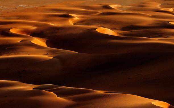 Näyttelijä Daisy Ridleyn mukaan Rub' Al Khalin kuumuus koetteli kuvausryhmää.