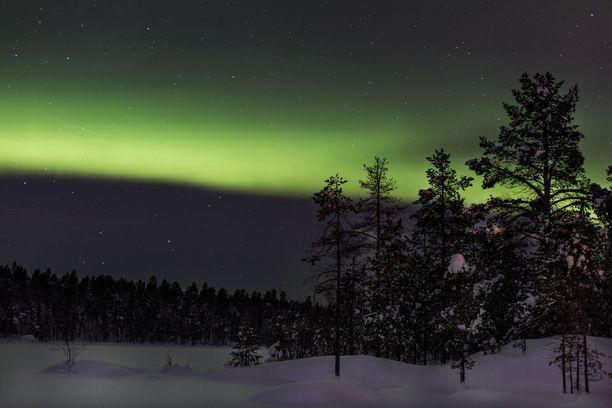 Suomen luonto ja revontulet nostettiin jälleen kerran syyksi matkata maahamme.
