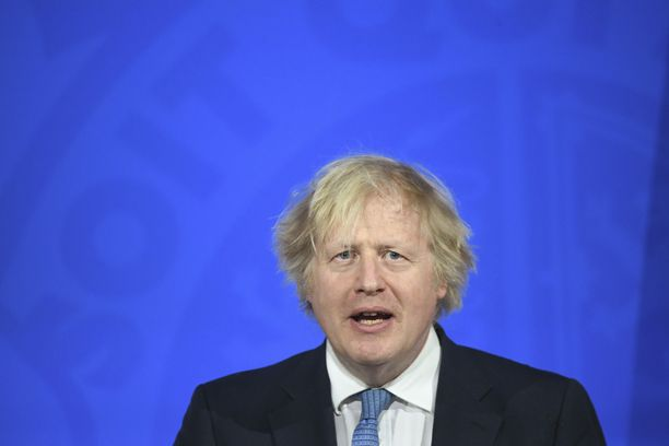 Pääministeri Boris Johnson kertoi Ison-Britannian koronastrategian etenemisestä maanantaina.