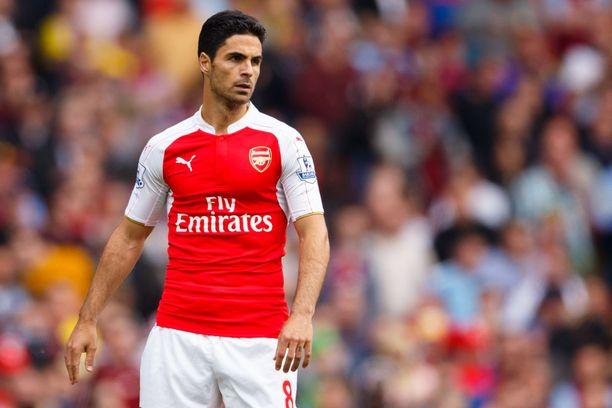Mikel Arteta päätti pelaajauransa Arsenalissa keväällä 2016.