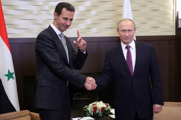 Venäjän vaikutusvalta on kasvanut etenkin Lähi-idässä. Putinilla on hyvät suhteet Syyrian Bashar al-Assadiin.