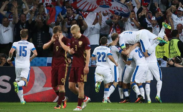 Valkopaitainen Slovakia kaatoi Venäjän jalkapallon EM-kisoissa.