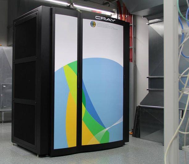 Tältä näyttää Ilmatieteen laitoksen nykyinen supertietokone, Cray XC30.