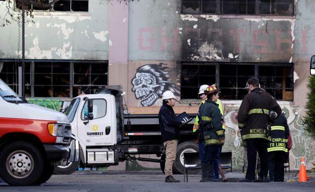Kalifornian Oaklandissa sattuneessa rakennuspalossa on kuollut yksi suomalainen.