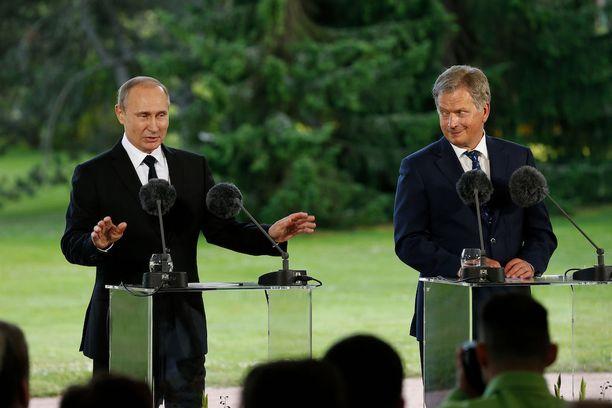 Venäjän presidentti Vladimir Putinin tapasi presidentti Sauli Niinistöä viime kesänä Kultarannassa.
