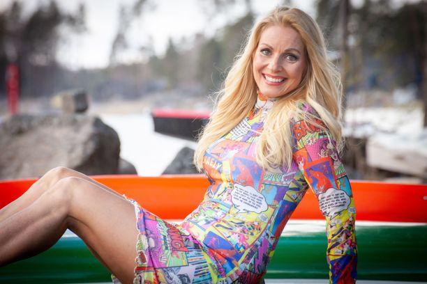 Virpi Kätkä kuvattuna huhtikuussa 2021.