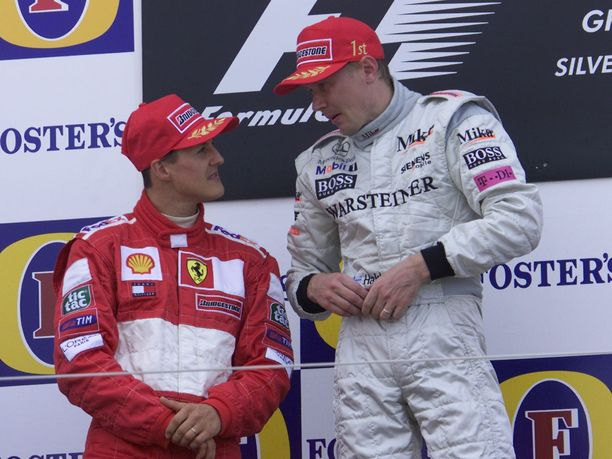 Michael Schumacher ja Mika Häkkinen ovat ylistäneet toisiaan kovimmiksi kilpakumppaneikseen. Radan ulkopuolella miehet eivät varsinaisesti olleet ystäviä.
