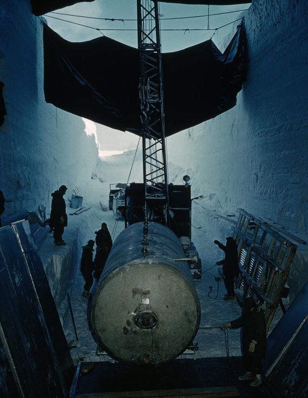 Tukikohdassa oli oma ydinreaktori. Kuva on vuodelta 1961.
