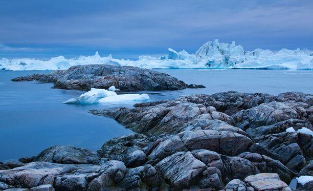 Arktinen alue kärsii ilmastonmuutoksesta eniten.