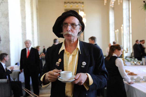 Perussuomalaisten edustaja Veltto Virtanen kertoi, että toimittajan valehtelu voidaan todistaa nauhoitteella.