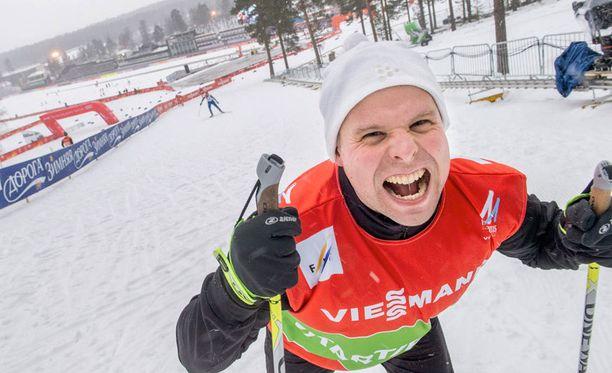Toimittaja Santtu Silvennoisen irvistys oli karmea, kun Iltalehti testasi Falunin maineikkaat Murhamäet.