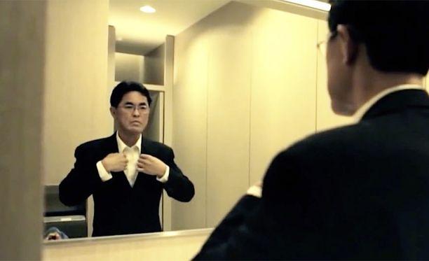 Firman omistaja Ryuichi Ichinokawa valmistautumassa keikalle.