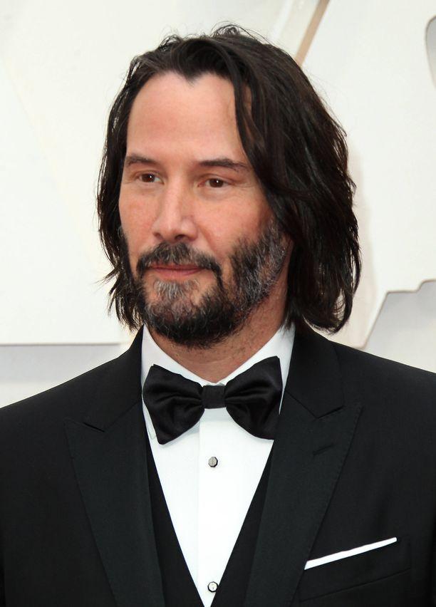 Huutokaupassa eniten tarjoava pääsee juttelemaan 15 minuutin ajan Keanu Reevesille Zoom-etäviestimen välityksellä.