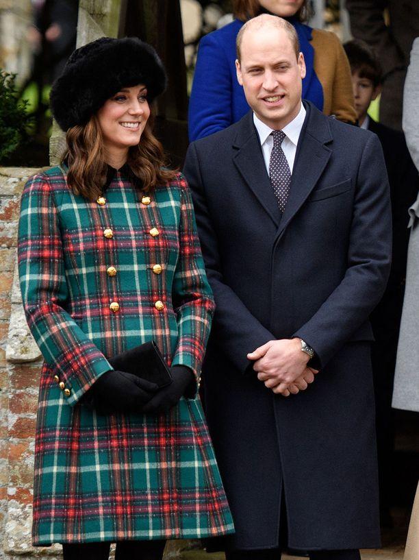 Cambridgen herttuapari Kate ja William olivat yhtä hymyä.