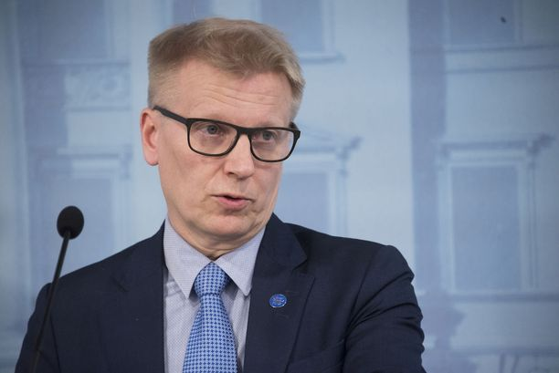 Maatalous- ja ympäristöministeri Kimmo Tiilikainen sanoi perjantaina STT:lle, että hänen työnsä on sujunut, vaikka yhdistelmäsalkku onkin työteliäs.