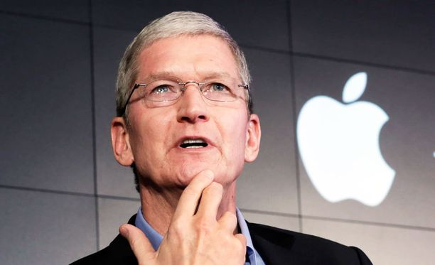 Applen toimitusjohtaja Tim Cook allekirjoitti avoimen kirjeen, jossa Apple kertoo uhmaavansa oikeuden päätöstä iPhonen salauksen murtamisesta.